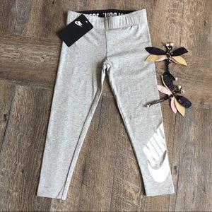 Girls Size 5 Grey Nike Logo Leggings NWT